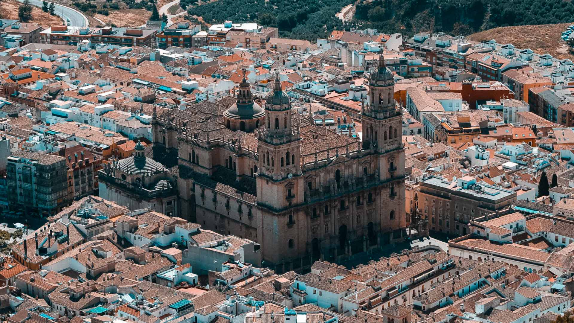 How to find accommodation in Jaén